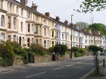 houses-211740_960_720.jpg