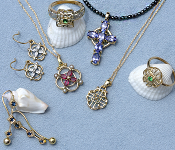 aynsley_jewelry_imgr01.png
